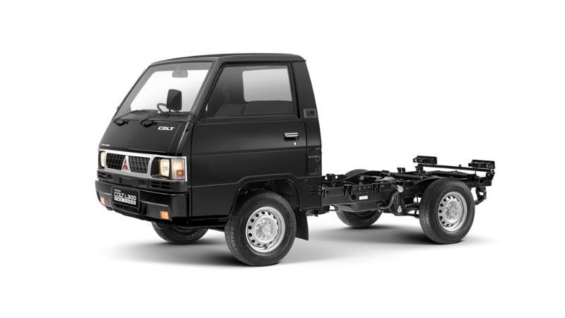 Overview Mobil: Mobil Mitsubishi L300 Pickup Flatbed dibanderol dengan harga mulai dari Rp195,000 - 194,000 02