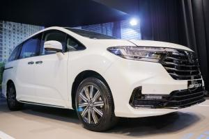 Harga Lebih Murah, Honda Odyssey 2021 Jadi Alternatif Menarik Daripada Toyota Alphard
