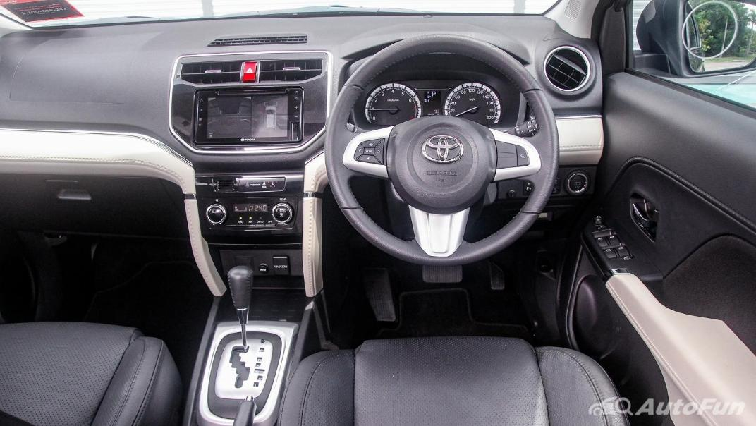 Toyota Rush 2019 Interior 002