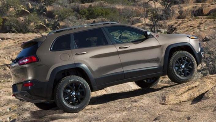 Jeep Cherokee 2019 Exterior 008