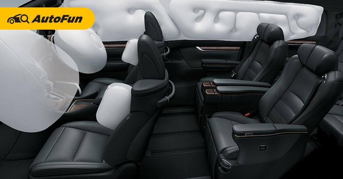 Nyaman di Kabin, Ini Beda Berkendara Toyota Alphard dan Meredes-Benz Vito 01