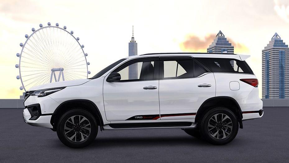 Toyota Fortuner 2019 Exterior 030