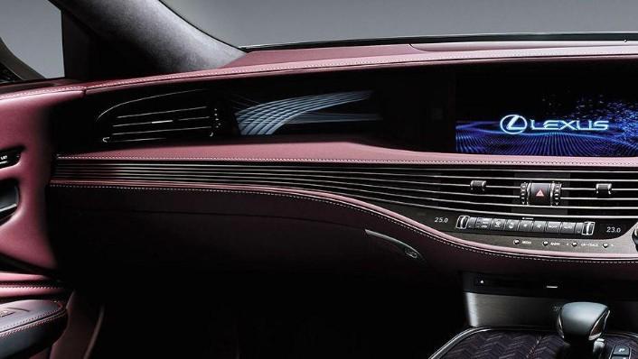 Lexus LS 2019 Interior 007