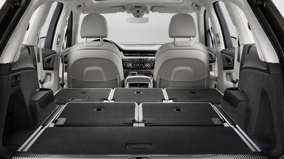 Audi Q7 2019 Interior 011