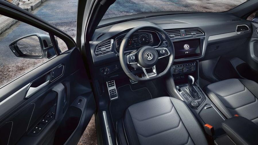 Volkswagen Tiguan Allspace 2019 Interior 002