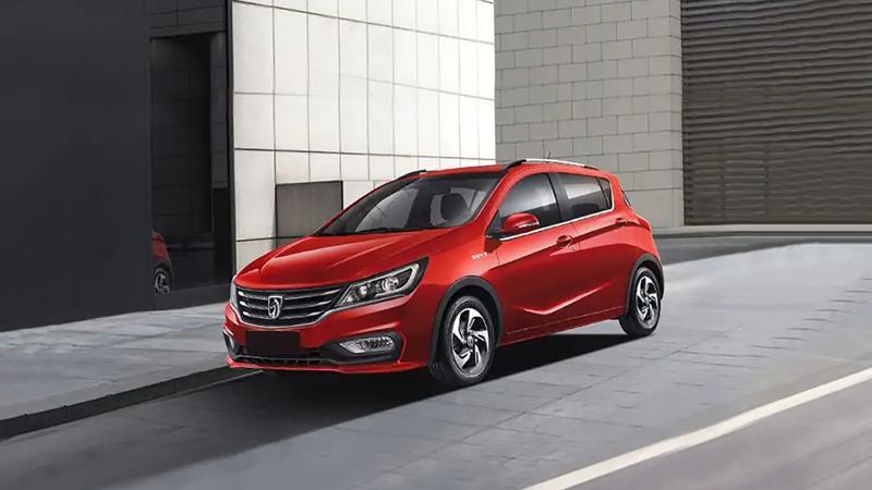 Overview Mobil: Mengetahui daftar harga terbaru dari Wuling Baojun 310 1.2L MT 02