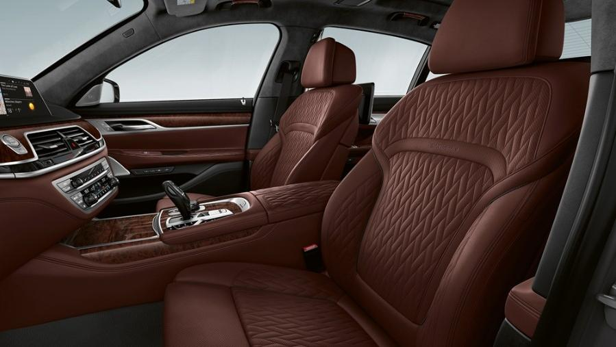 BMW 7 Series Sedan 2019 Interior 014