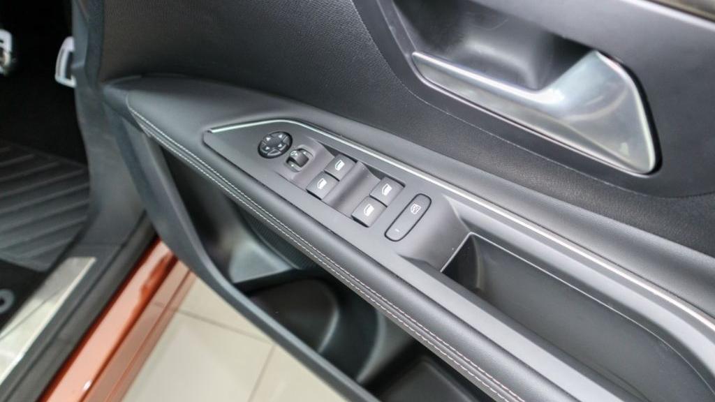 Peugeot 3008 2019 Interior 029