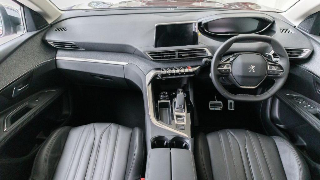 Peugeot 3008 2019 Interior 001
