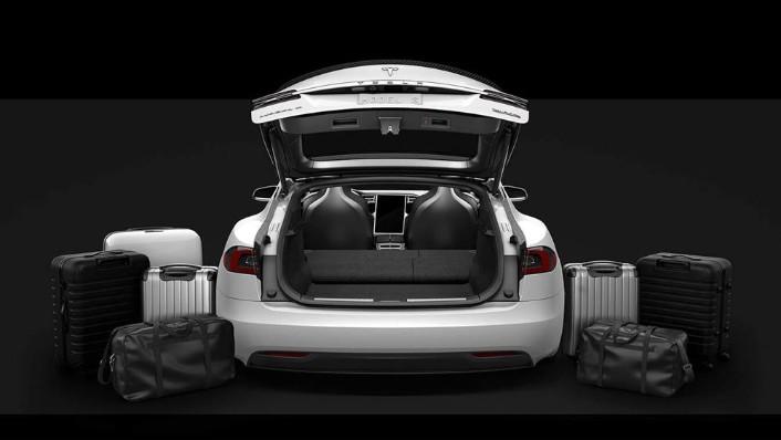Tesla Model S 2019 Interior 010