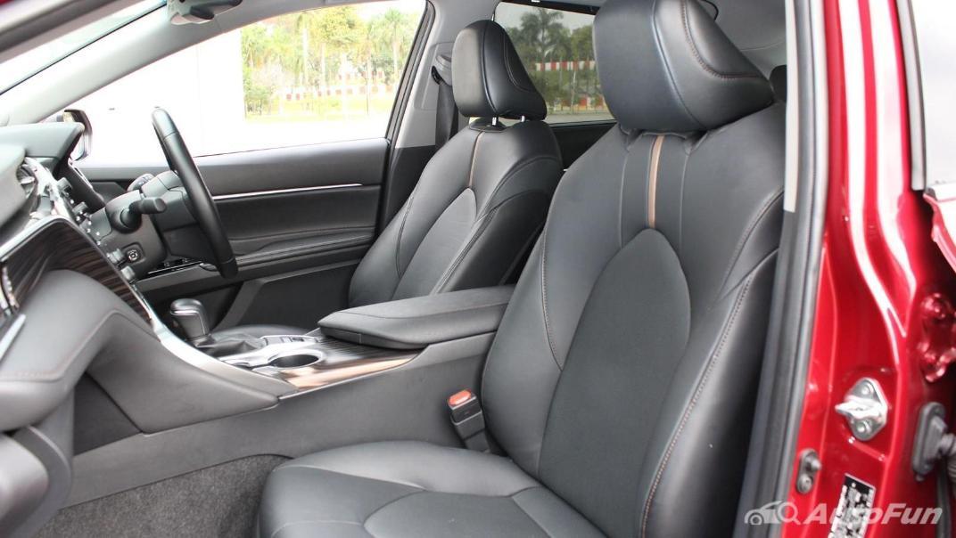 Toyota Camry 2019 Interior 069