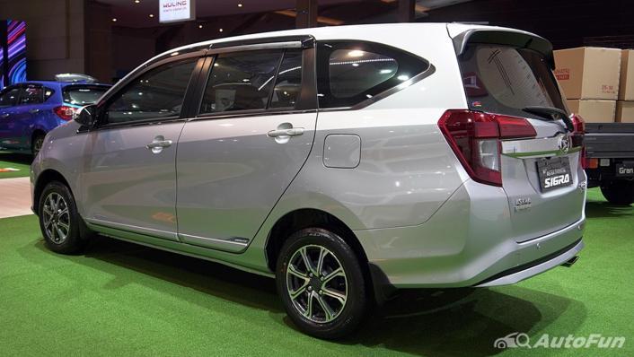 2021 Daihatsu Sigra Exterior 005