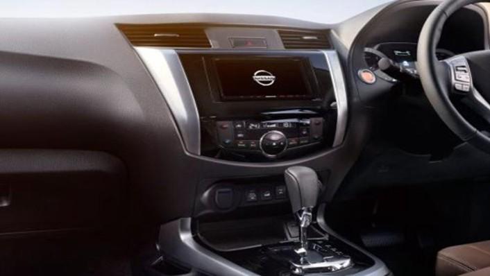 Nissan Terra 2019 Interior 003