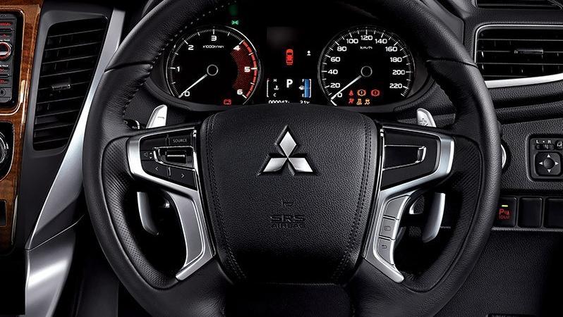Mitsubishi Pajero Sport 2019 Interior 001