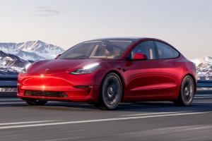 Diberondong Kritik Soal Fitur Keselamatan, Tesla Akhirnya Terima Masukan Tentang Model 3