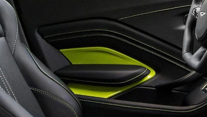 Aston Martin Vantage 2019 Interior 007