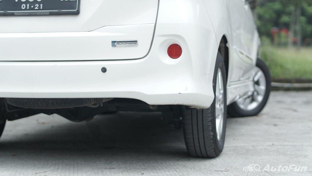Toyota Avanza Veloz 1.3 MT Exterior 046