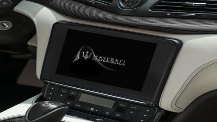Maserati Grancabrio 2019 Interior 005