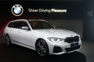 Jadi Model Langka, BMW 3-Series Touring Nyaris Ludes Diborong Orang Indonesia