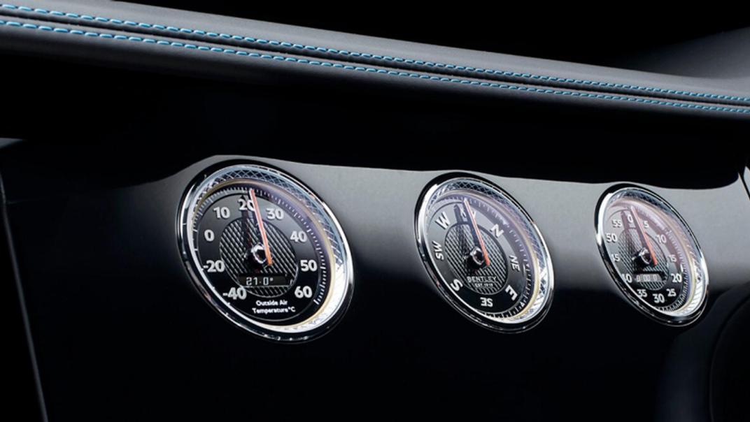 Bentley Continental 2019 Interior 003