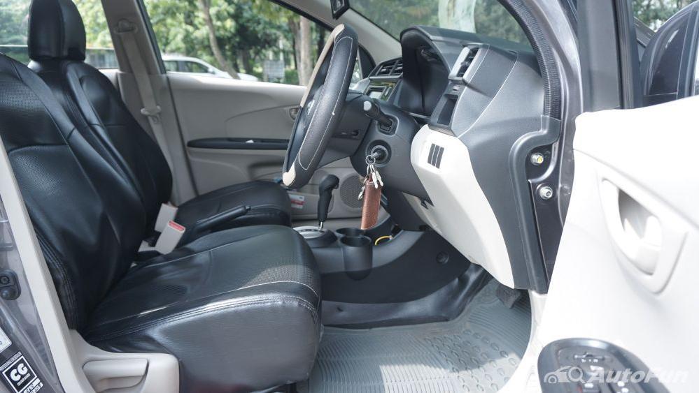 Honda Mobilio E CVT Interior 016