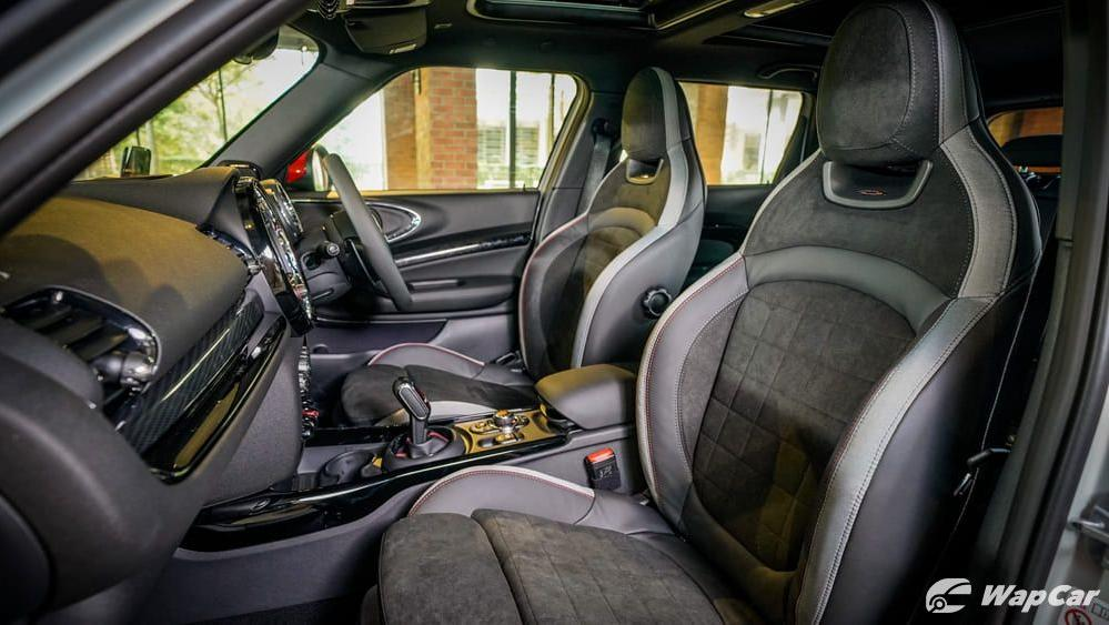 MINI Clubman 2019 Interior 002
