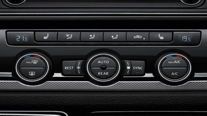 Volkswagen Caravelle 2019 Interior 010