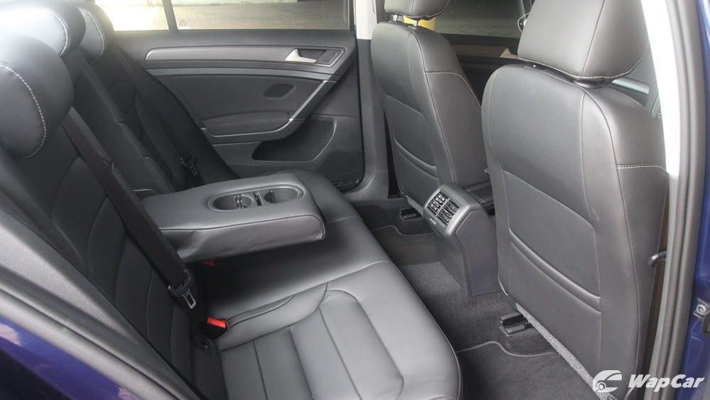 Volkswagen Golf 2019 Interior 037