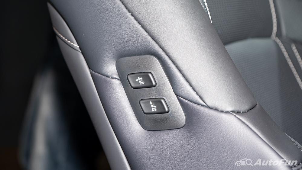 Lexus ES 2019 Interior 029
