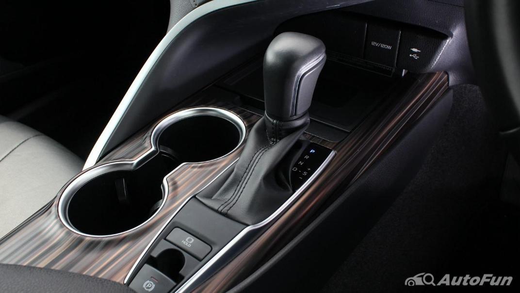 Toyota Camry 2019 Interior 049