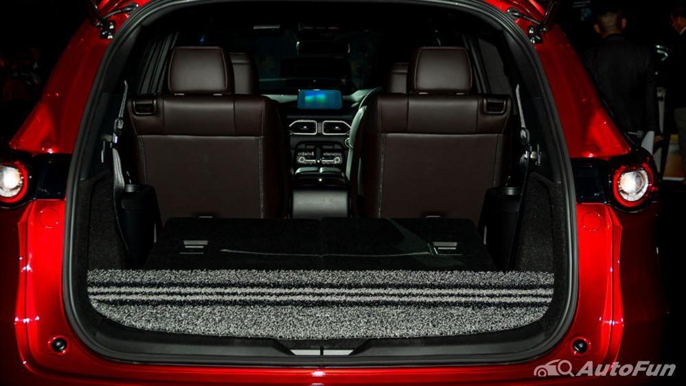 Mazda CX 8 2019 Interior 033