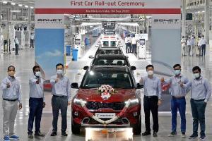 KIA Sonet Pertama Keluar Line Produksi, Pekan Depan Mulai Dikirim ke Konsumen India