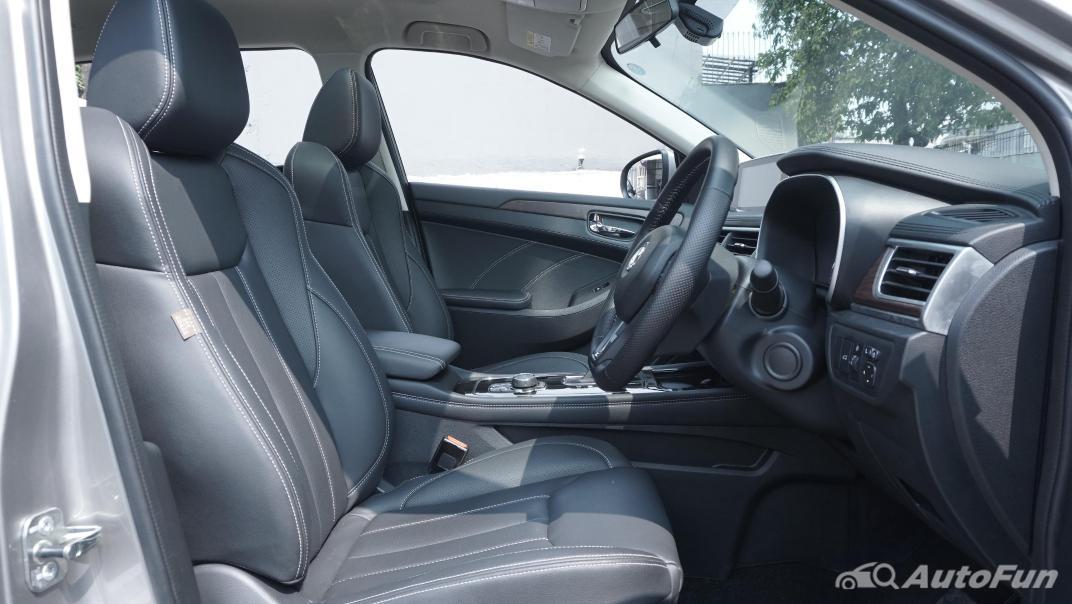 DFSK Glory i-Auto Intelligent Interior 048