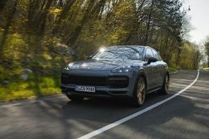 Porsche Cayenne Turbo GT 2022, Simpan Tenaga Dahsyat Khas Sportcar dalam Tubuh SUV
