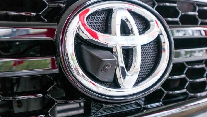 Toyota Hilux 2019 Exterior 007