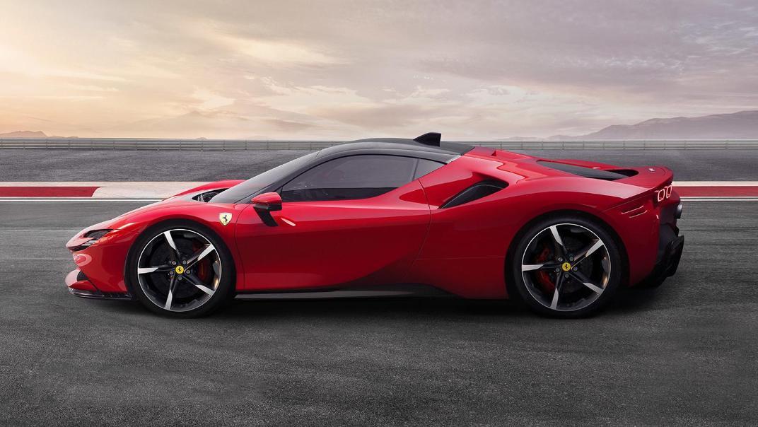 Ferrari SF90 Stradale 2019 Exterior 006