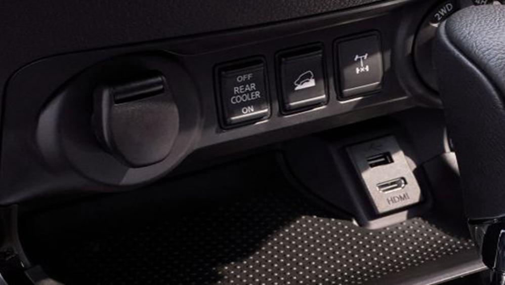 Nissan Terra 2019 Interior 010
