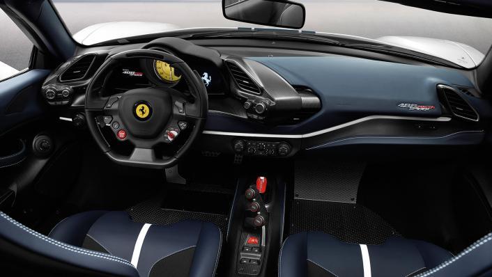 Ferrari 488 Pista Spider 2019 Interior 001