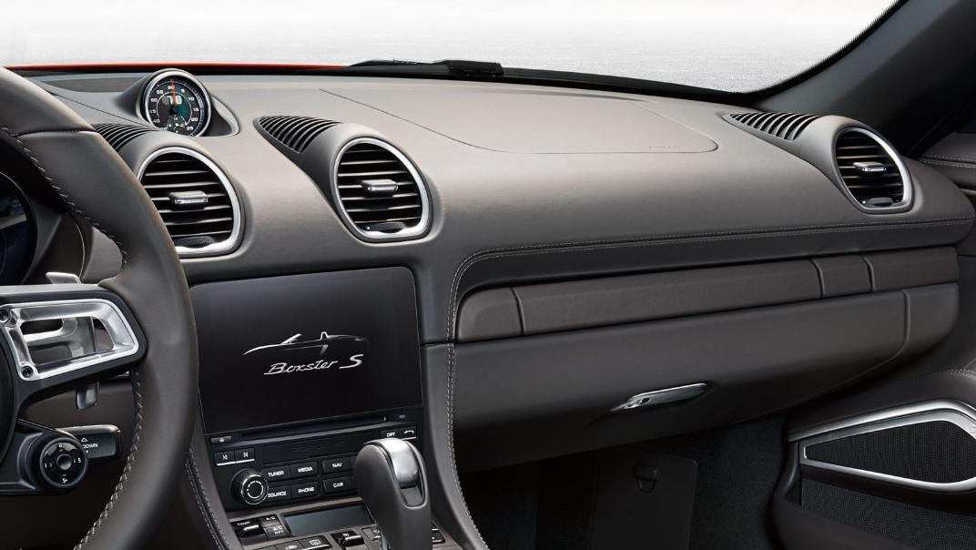 Porsche 718 2019 Interior 021
