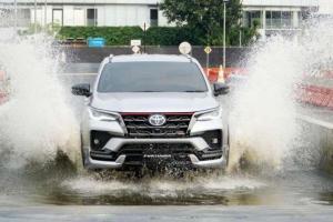 Harga Toyota Fortuner Diskon PPNBM, Siap Rebut Pasar Mitsubishi Pajero Sport dan Isuzu MU-X