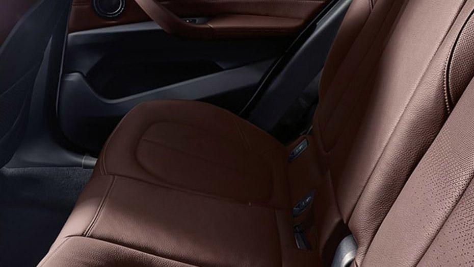 BMW X1 2019 Interior 014