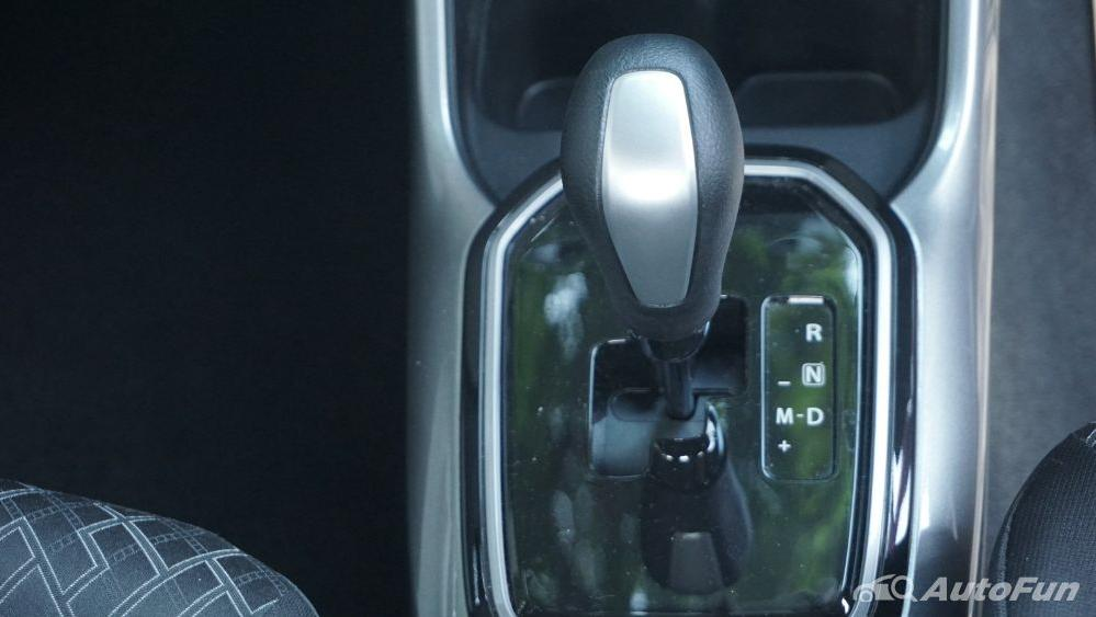 Suzuki Ignis GX AGS Interior 024