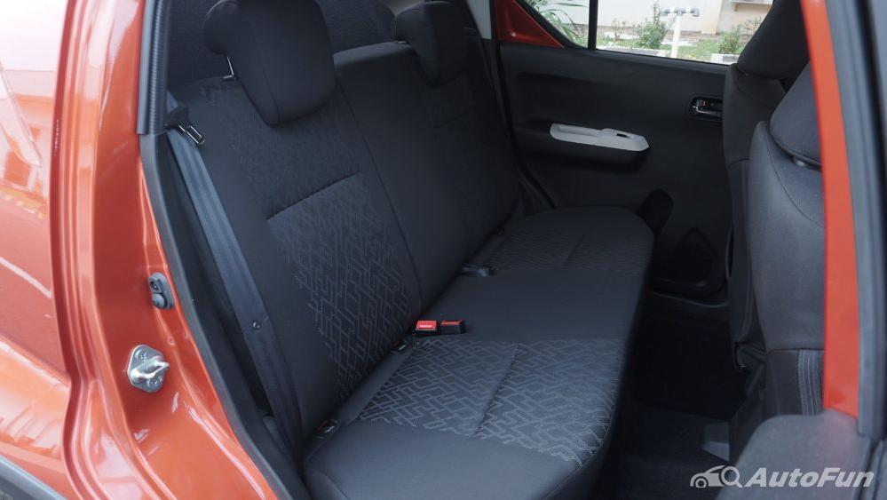 Suzuki Ignis GX AGS Interior 037