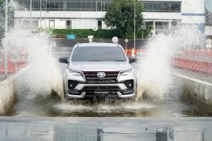 Skor tertinggi SUV, hasil uji tabrak Toyota New Fortuner 2021 dirilis