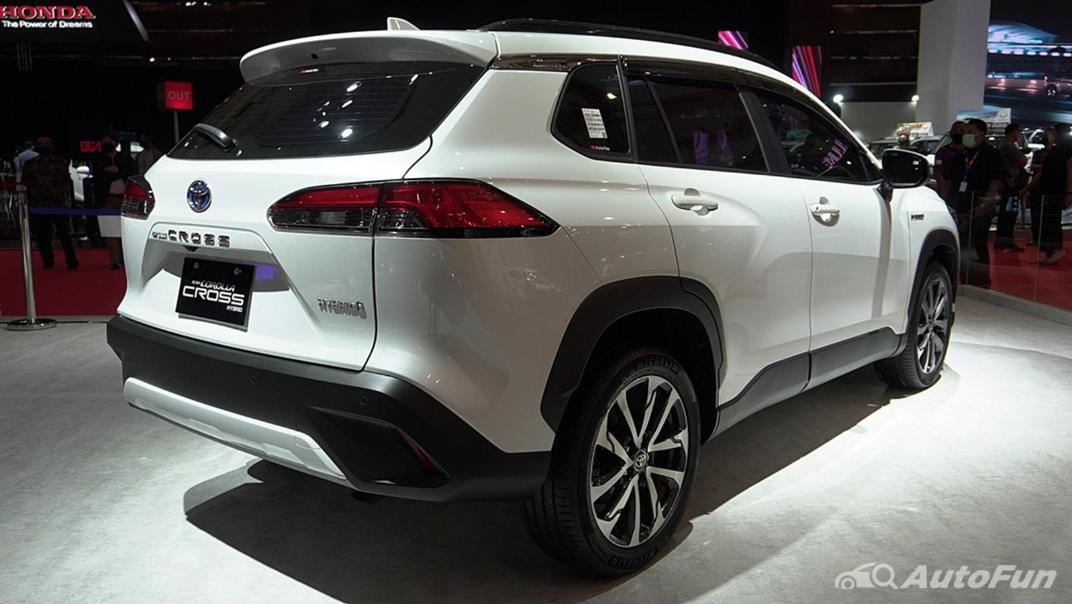 2021 Toyota Corolla Cross Exterior 004