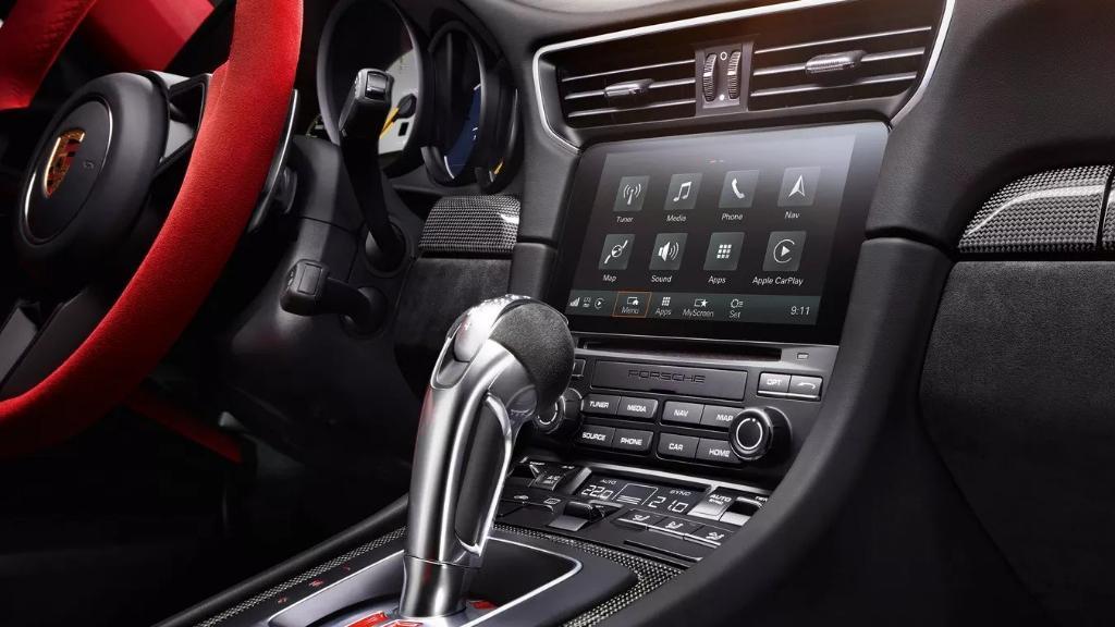 Porsche 911 2019 Interior 006
