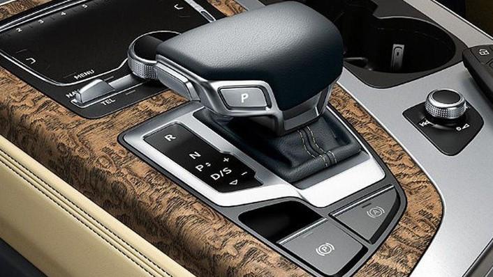 Audi Q7 2019 Interior 004