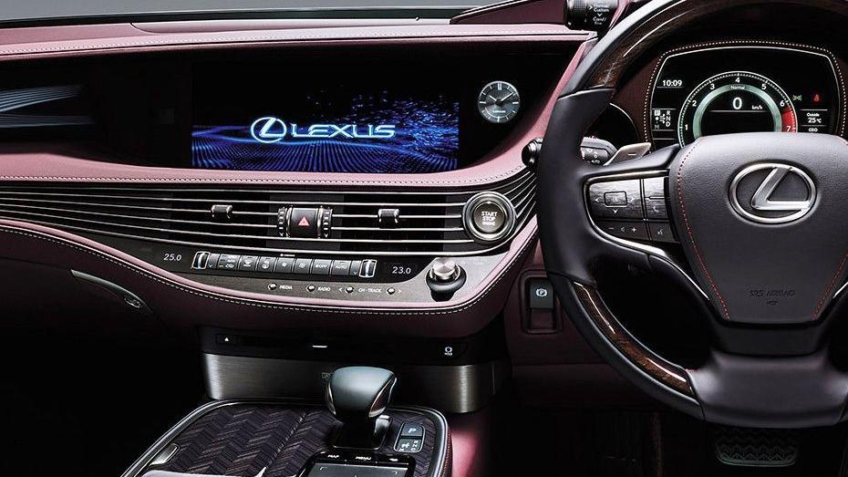 Lexus LS 2019 Interior 004