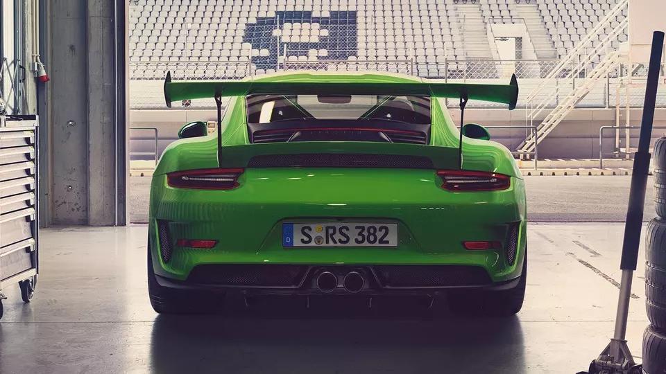 Porsche 911 2019 Exterior 013