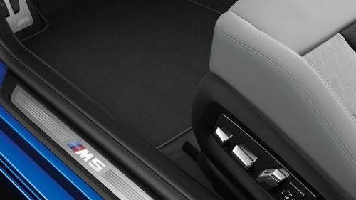 BMW M5 2019 Interior 015